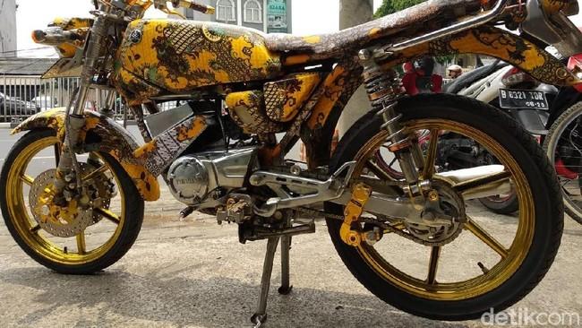 Motor batik. Foto: Luthfi Anshori