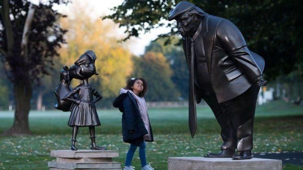 Patung Matilda Menantang Donald Trump di Inggris