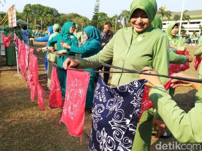 Ilustrasi syarat jadi istri TNI. Foto: Angling Adhitya Purbaya/detikcom