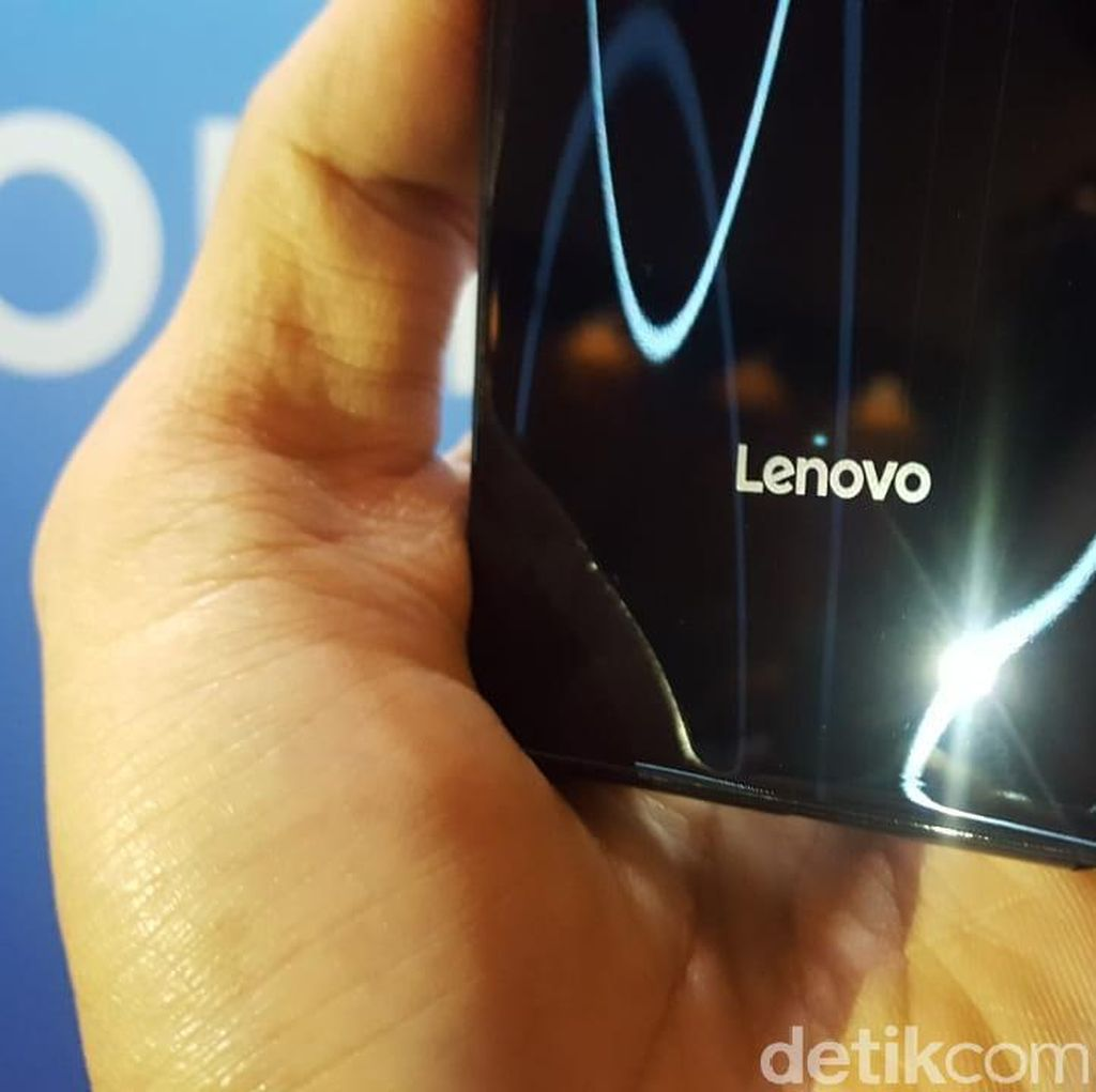 Lenovo Pede Takkan seperti Huawei yang Kena Gencet AS