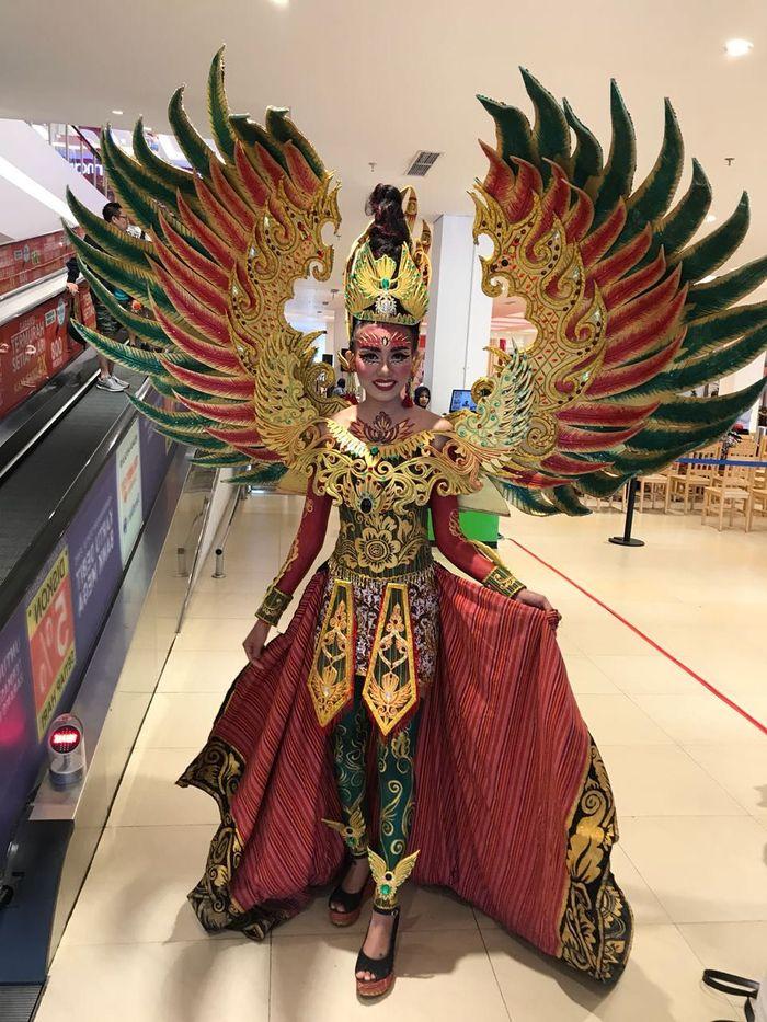 Ini penampilan salah satu peserta dari Transmart Carrefour Maguwoharjo, Jogjakarta. Keren ya! Pool/Transmart.