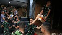 15 Truk Makanan Dikirimkan untuk Korban Gempa Palu