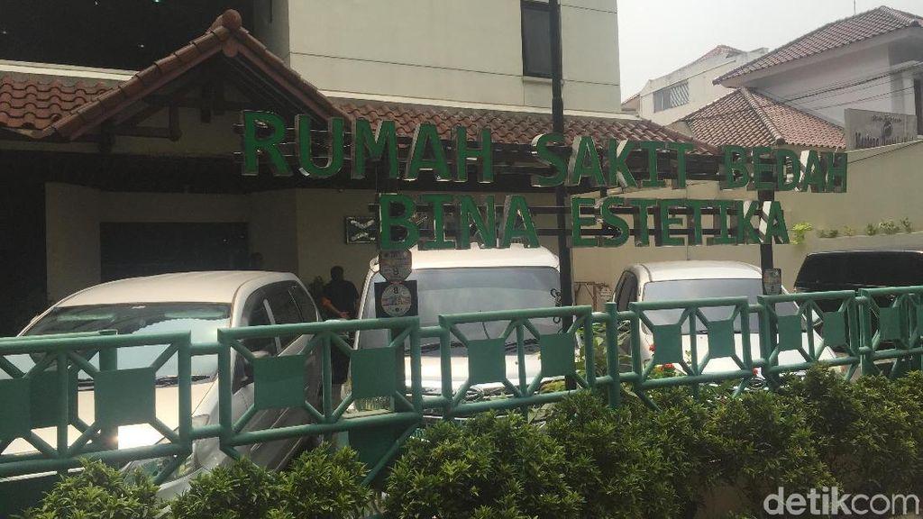 Polisi Periksa Dokter dan Perawat Operasi Plastik Ratna Sarumpaet