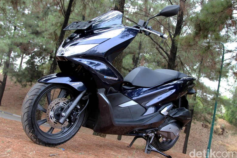 Honda PCX Hybrid. Foto: Rangga Rahadiansyah