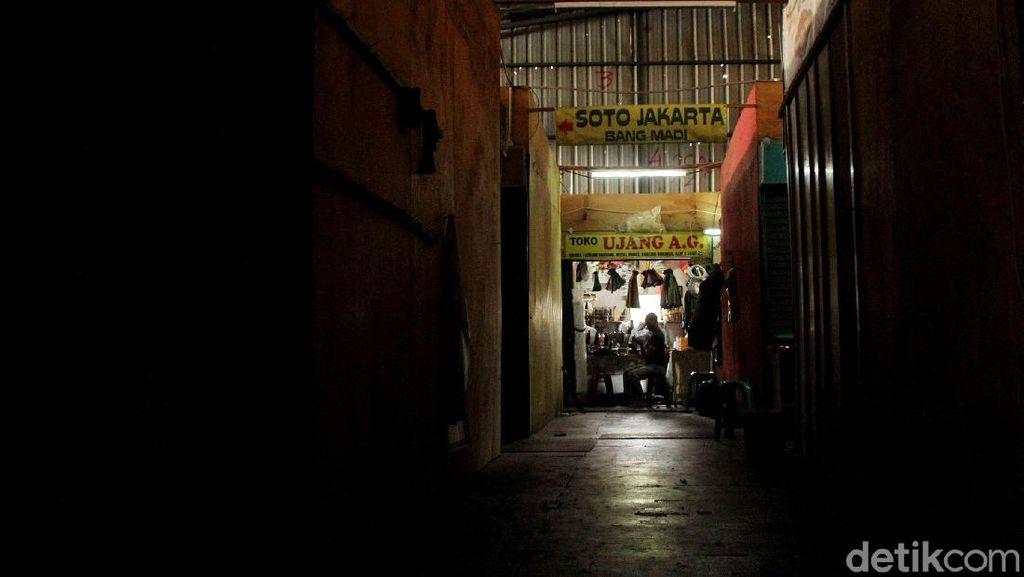 Tempat Penampungan Sementara Pasar Blok A Kian Sepi