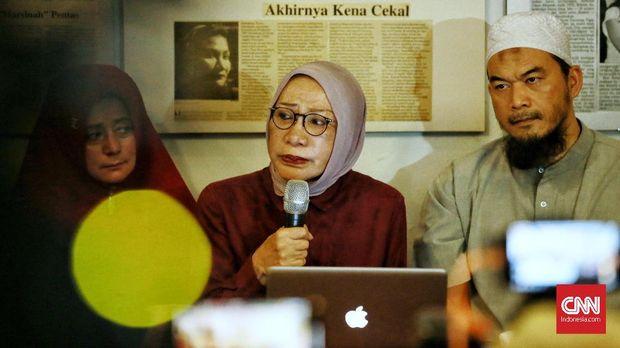 Kubu Prabowo Anggap Laporan Ratna Sarumpaet 'Bom Bunuh Diri'