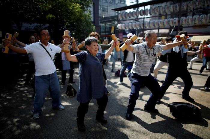 Total 35,6 juta penduduk Jepang adalah lansia. Proporsi lansia di negara ini disebut-sebut paling tinggi di dunia. Foto: REUTERS/Issei Kato