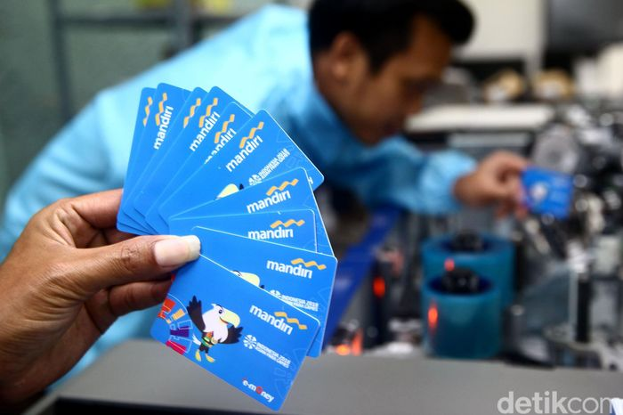 Begini penampakan kartu e-money dari Bank Mandiri dengan edisi Asian Para Games 2018.