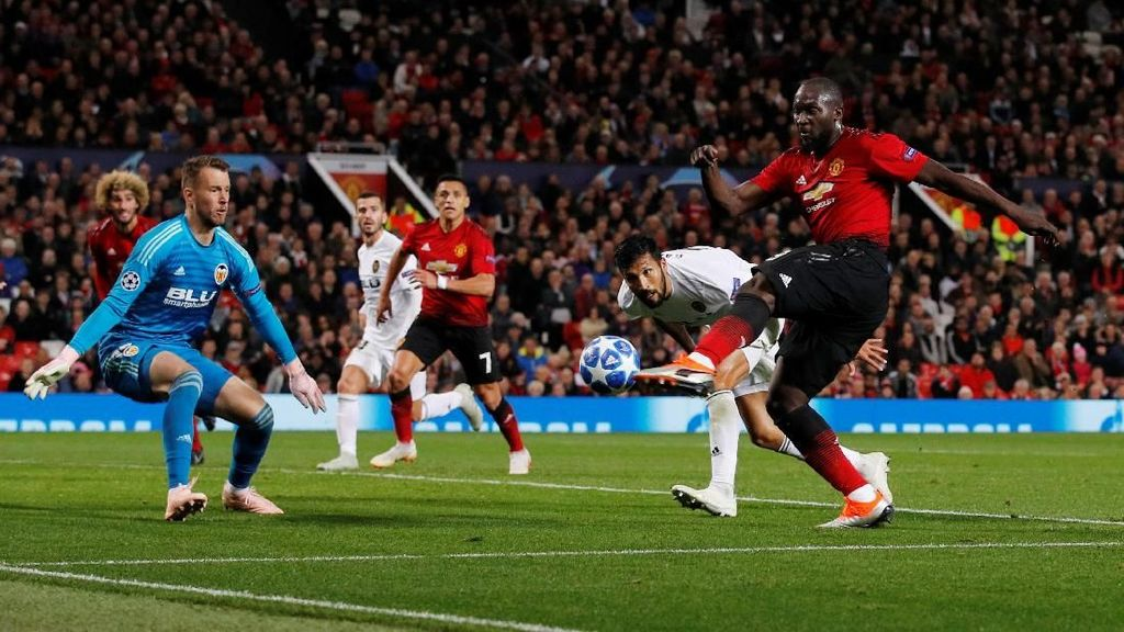 Hasil Liga Champions: MU Imbang 0-0 Lawan Valencia di Old Trafford