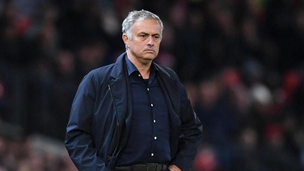 Ibra: Kritik Kepada Mourinho Berlebihan