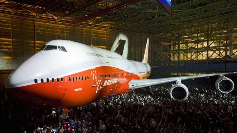 Pesawat Boeing 747 jumbo jet merayakan ulang tahun ke-50. Ia lahir di Seattle pada 30 September 1968 dan bersaing dengan Tupolev Tu-144 dari Soviet dan Concorde, Perancis yang terbang 2 bulan kemudian (Boeing/CNN Travel)