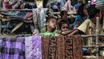Ekspresi Anak-anak Korban Gempa yang Terpaksa Mengungsi