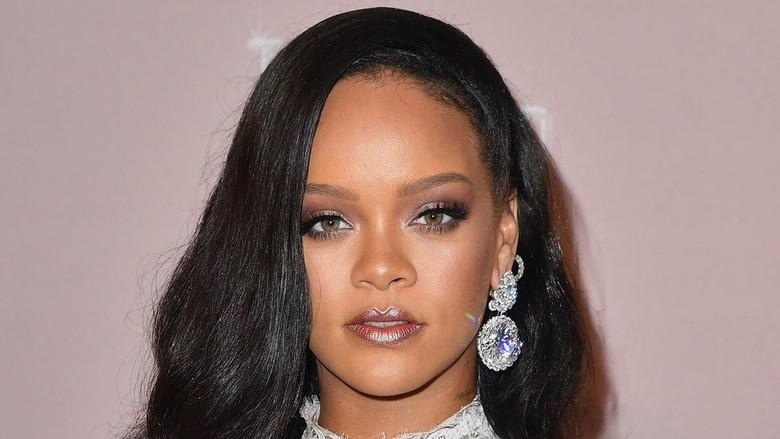 Rumah Rihanna dan Seleb AS Lain Dibobol Perampok, 1 Remaja Diadili