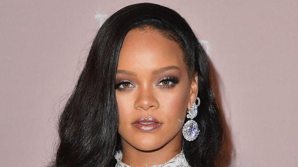 Lagunya Dipakai Politik, Rihanna Layangkan Surat ke Donald Trump