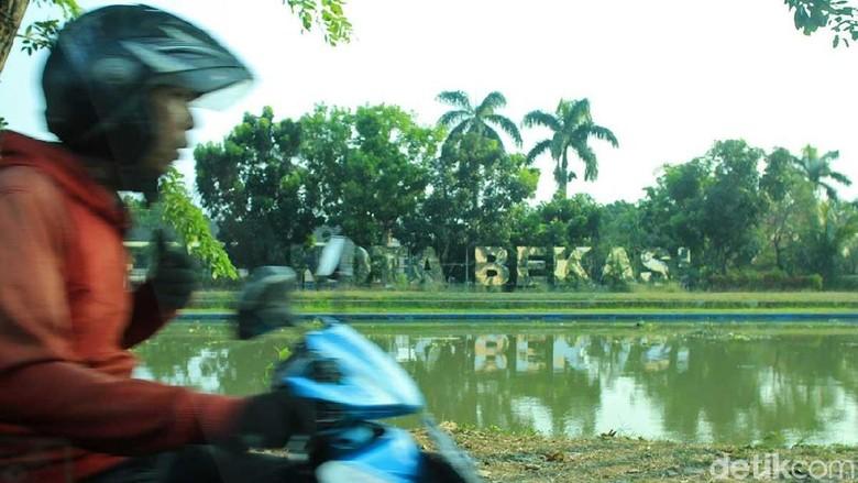Foto: Suasana Kali Malang di Bekasi (Randy/detikTravel)