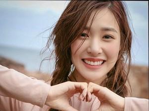 Foto Kelulusan Idol K-Pop Viral, Pria yang Tak Mau Jadi Pacarnya Menyesal
