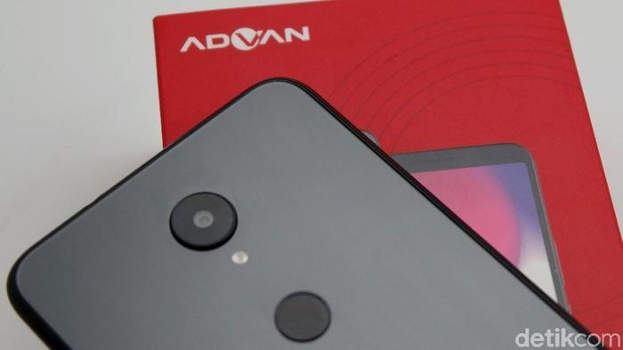 Salah satu ponsel anyar Advan, yang tahun depan akan kembali fokus ke entry level. (Foto: Amanda Rachmadita)