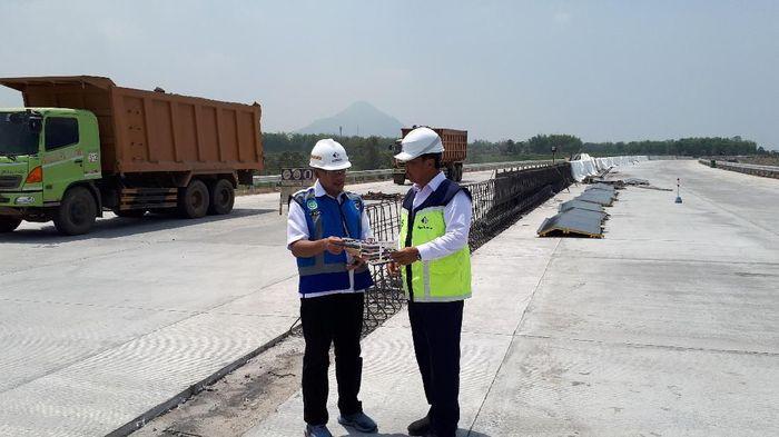 Tol Pandaan-Malang/Foto: Zaenal Effendi/detikcom