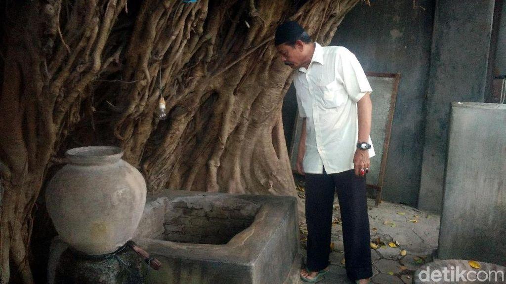 Foto: Sumur Keramat Peluntur Sihir di Cirebon