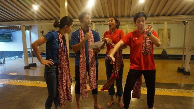 Pulang ke Jakarta, Rio Dewanto Kembali Tantang Kevin Hendrawan