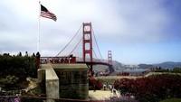 Ikon San Francisco, Golden Gate Bridge yang populer juga jadi salah satu lokasi prewedding pasangan Jusup dan Clarissa (Channon Hodge/CNN Travel)