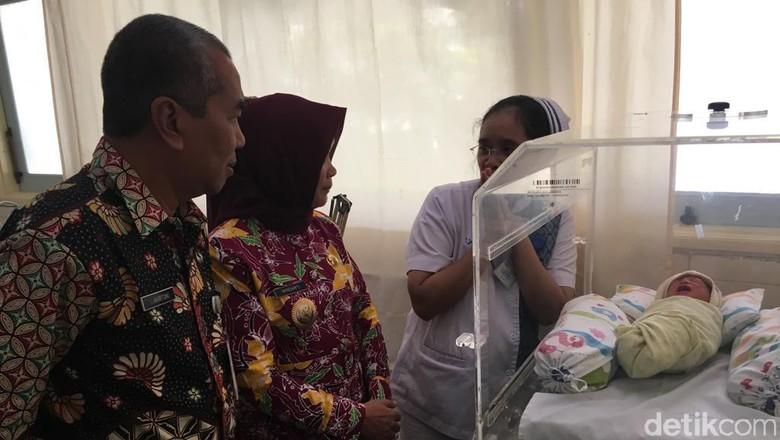 Polisi Tes DNA Bayi yang Dibuang dari Lantai 3 Mal di Magelang