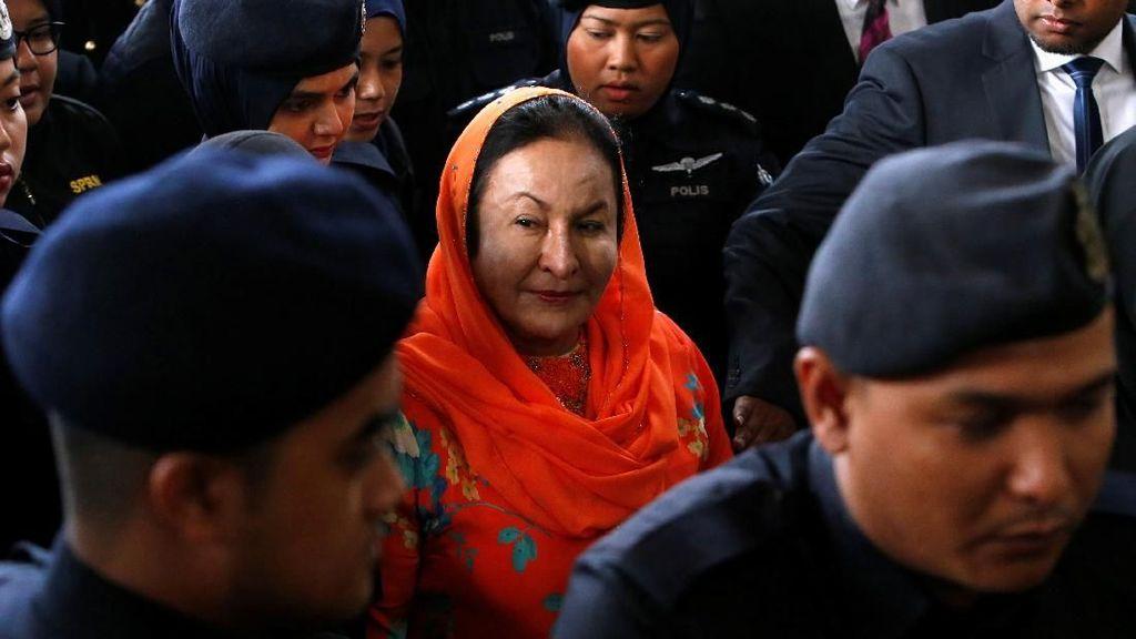 Istri Najib Didakwa Meminta dan Terima Suap Rp 658 M