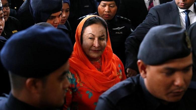 Istri Najib Razak Dijerat 17 Dakwaan Terkait Skandal 1MDB