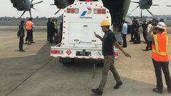 Pakai Hercules, Pertamina Terbangkan 2 Mobil Tangki BBM ke Palu