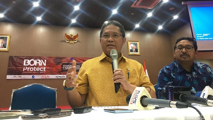 Menkominfo Rudiantara bicara mengenai pemulihan telekomunikasi di Sulteng pascabencana gempa dan tsunami(Foto: Agus Tri Haryanto/detikINET)