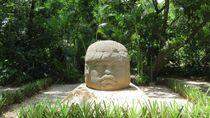 Bikin Malu! 2 WNI Rusak Benda Kuno Taman Arkeologi Meksiko