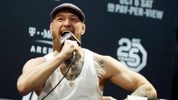 Conor McGregor pernah menyerang bus rombongan Khabib Nurmagomedov. (