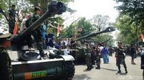 Ayo ke Pameran TNI, Banyak Tank Mejeng di Gedung Sate