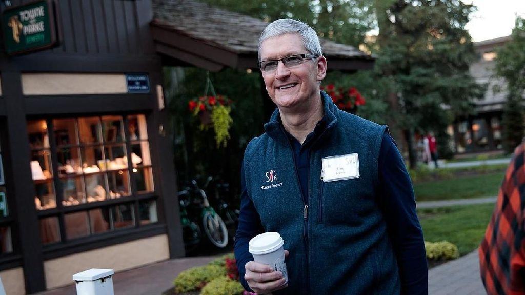 CEO Apple Ngeri Kebakaran Hutan dan Badai Makin Marak