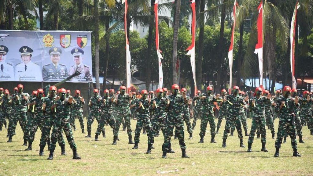 Bela Diri sampai Pameran Alutsista Ramaikan Jember Army Festival