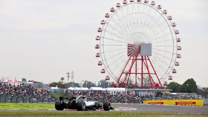 Sesi kualifikasi GP Jepang diundur sehari karena ada badai di Hari Sabtu (Charles Coates/Getty Images)