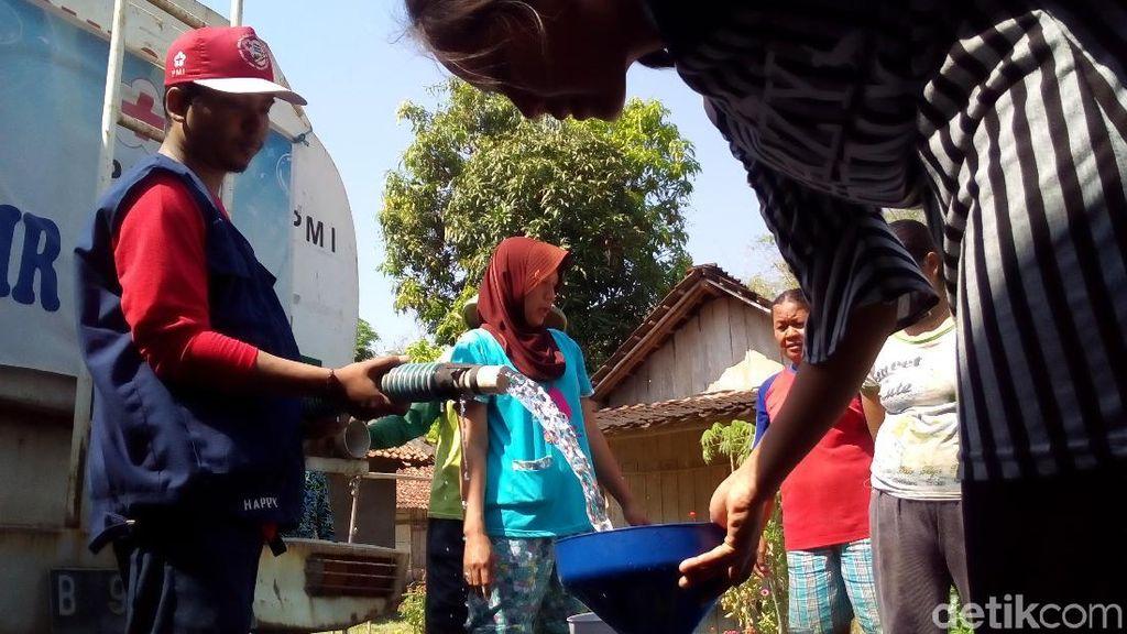 Gubernur Ganjar Klaim Tidak Ada Kekurangan Air Bersih di Jateng