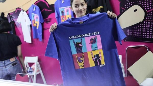 Syahdu! Nyanyi Bareng Sore di Synchronize Fest 2018