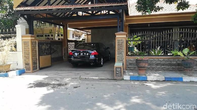 Rumah Pribadi Wali Kota Pasuruan Digeledah, KPK Bawa Berkas