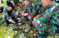 Menyantap Ransum TNI di Titik Terdepan Indonesia, Begini Rasanya!