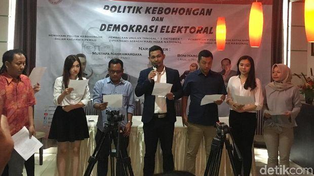 LPI Beri Ratna Sarumpaet Gelar 'Ibu Hoax Indonesia'