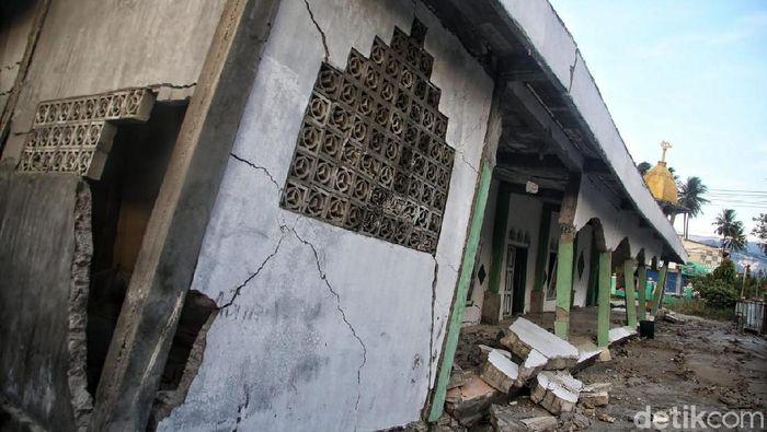 Masjid Al-Falah dan Al-Aswad Rusak Akibat Gempa di Palu (Foto: Pradita Utama)