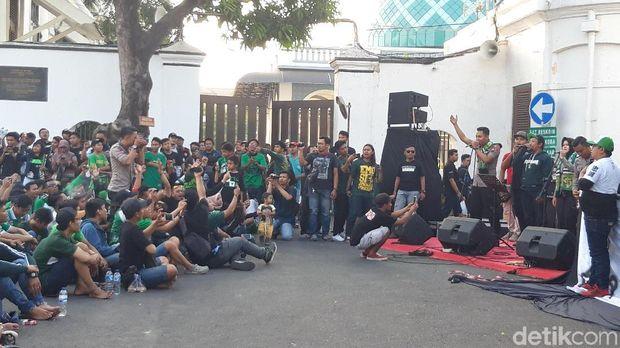 Nobar Persebaya vs Arema di Polrestabes Surabaya/