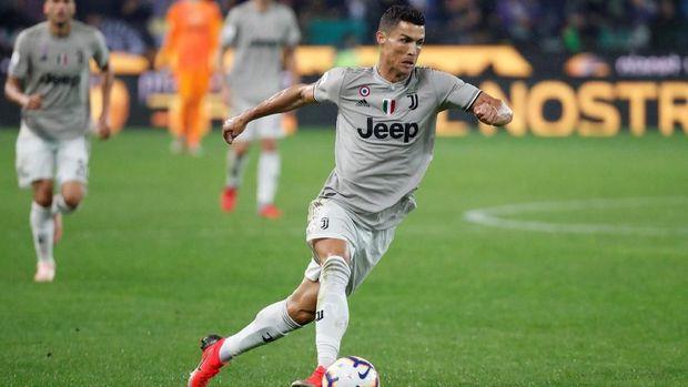 Cristiano Ronaldo kembali mencetak gol untuk Juventus. (