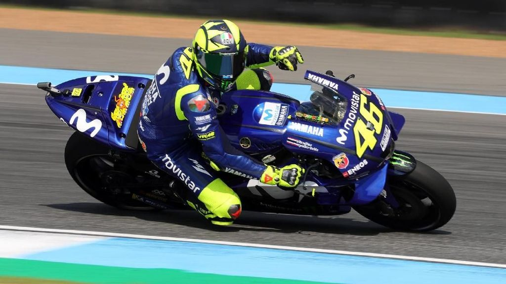 Rossi Tak Masalah Rekornya Disalip Marquez