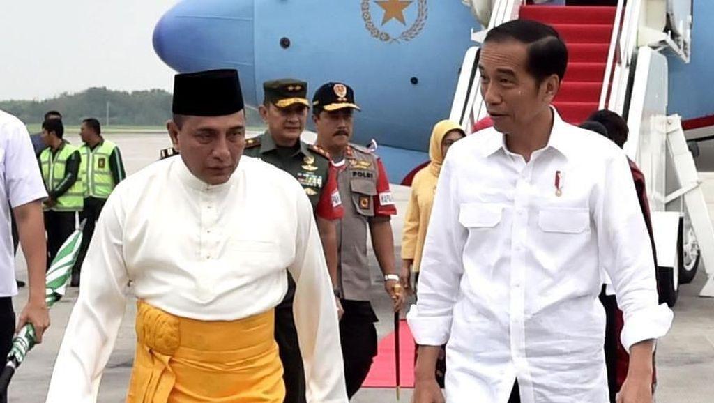 Tiba di Medan, Jokowi Disambut Edy Rahmayadi dan Buka MTQ Nasional