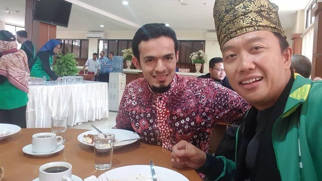 Gaya Makan Jubir Prabowo-Sandiaga hingga Shu Qi yang Awet Muda