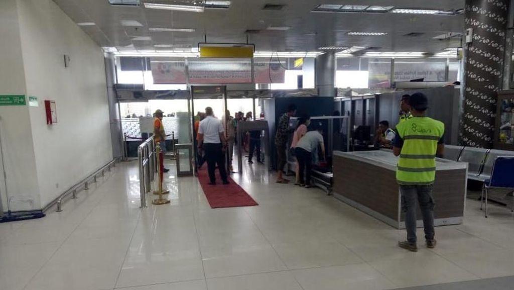 Sepekan Pasca Gempa Terminal Bandara Palu Kembali Beroperasi