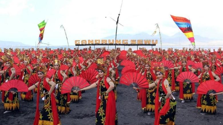 Ini Alasan FPI Tolak Festival Gandrung Sewu