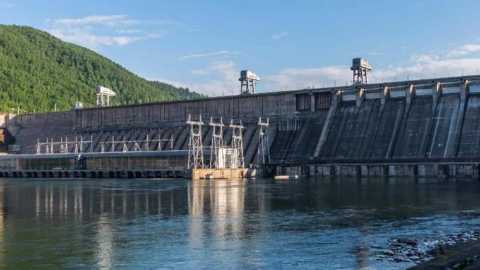 Menjadi yang terbesar di dunia, 10 pembangkit listrik tenaga air (PLTA) ini punya pemandangan yang indah.